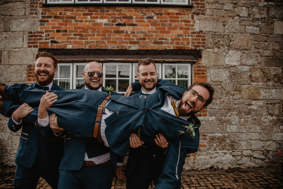 Hayley & Charlie's Wedding at Haseley Manor, Isle of Wight : Holly Cade - Alternative Candid Documentary Wedding & Portrait Photographer. Available to shoot on the Isle of Wight, Portsmouth, Southampton, Hampshire, the South Coast of England, throughout the UK and Worldwide.